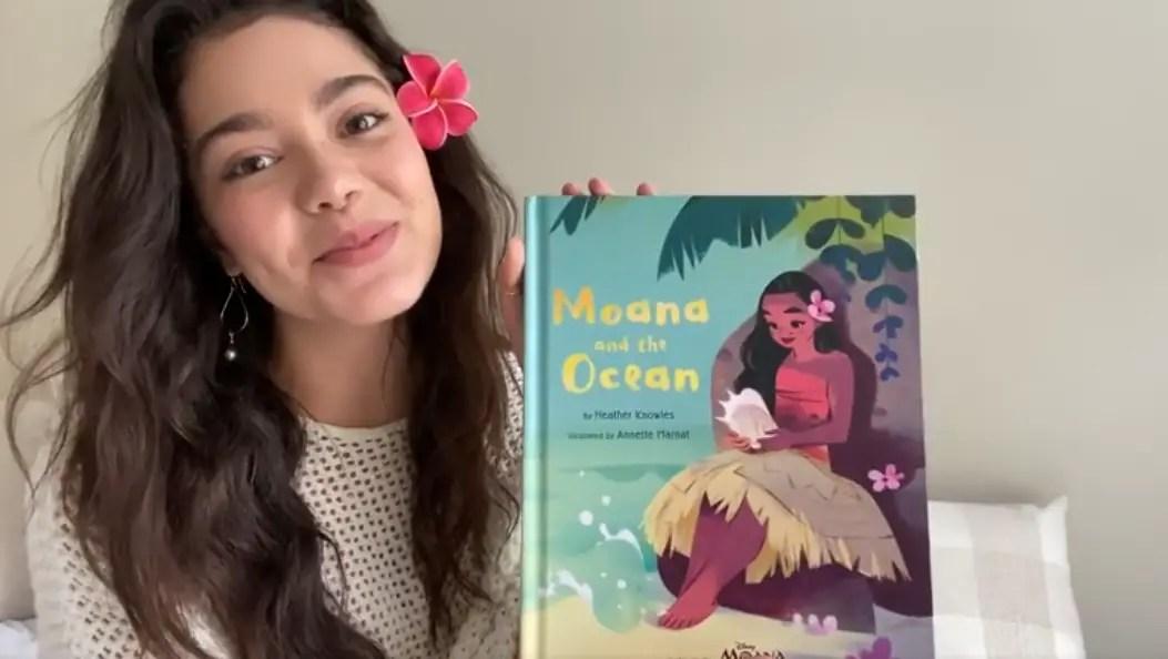 """Auli'i Cravalho Voice Of Moana Reads """"Moana And The Ocean"""""""