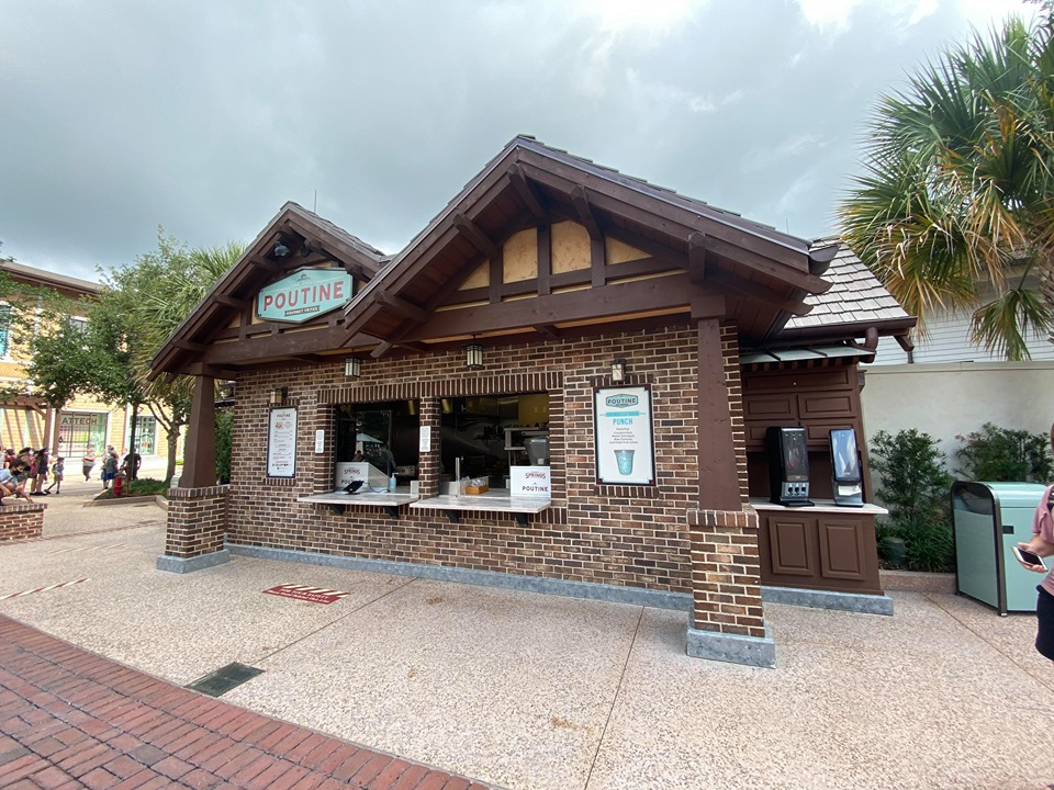 "Disney Springs ""The Daily Poutine"" Quick Service Reopens!"