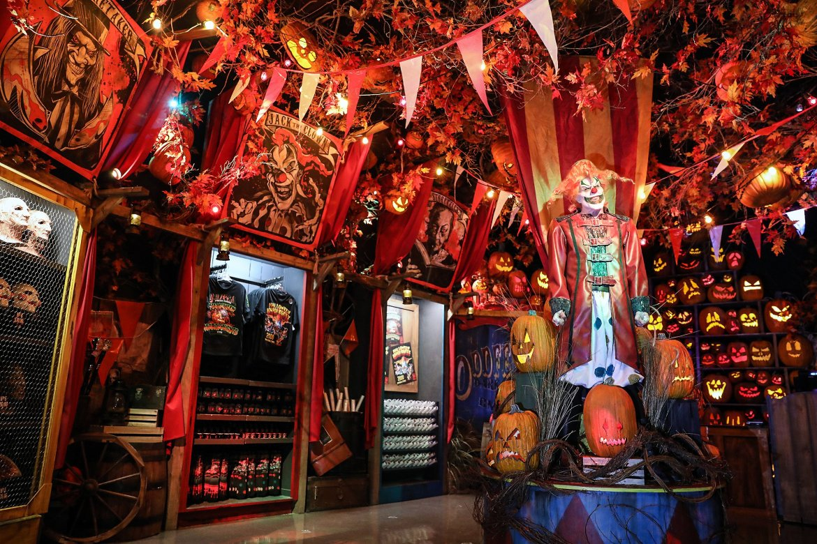 The Halloween Horror Nights Tribute Store Is Now Open At Universal Studios Florida