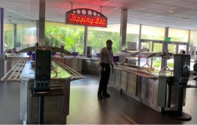 Walt Disney World Removes Toppings Bar From Restaurants