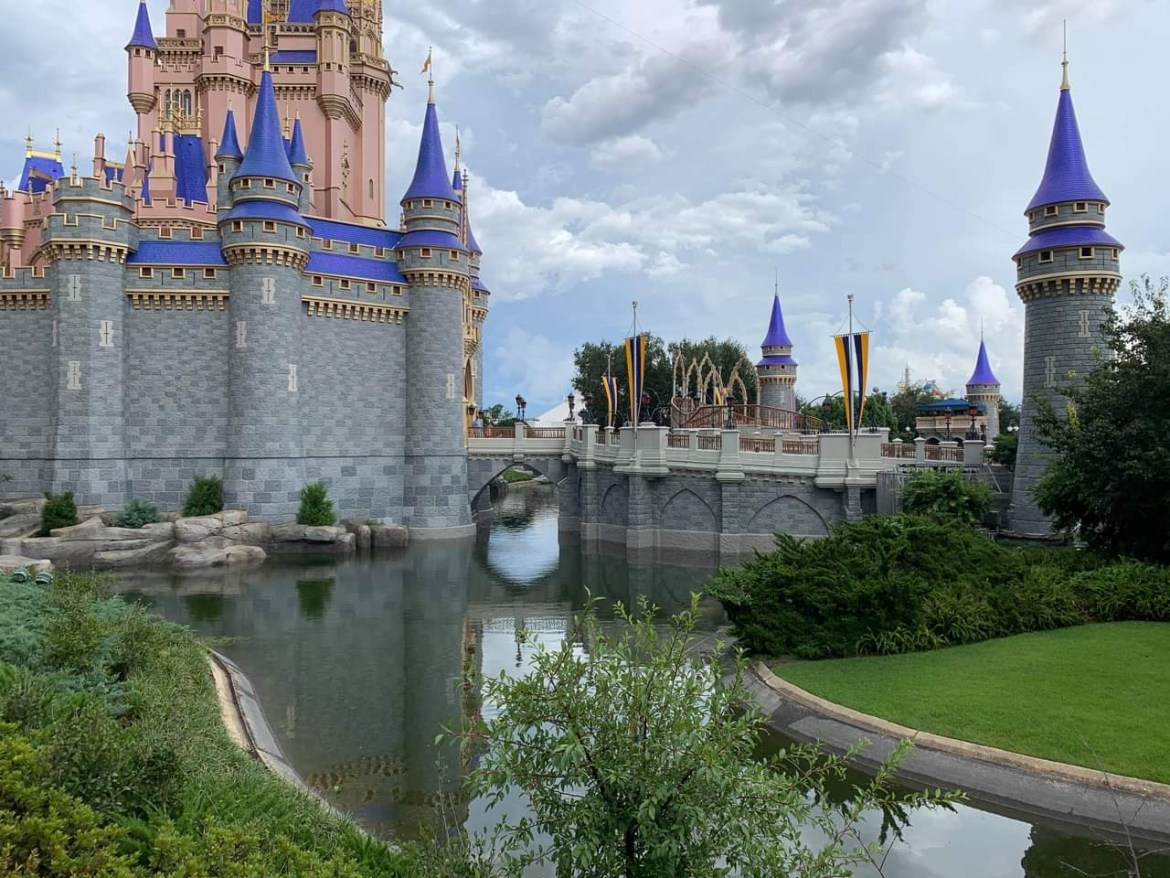 Cinderella Castle Moat is now refilled at Magic Kingdom