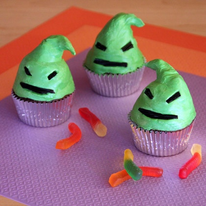 Oogie Boogie Cupcakes Are The Perfect Halloween Treat!