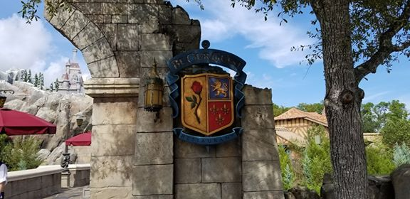 Rumor: Disney World Restaurants to remain open after park closes starting in September