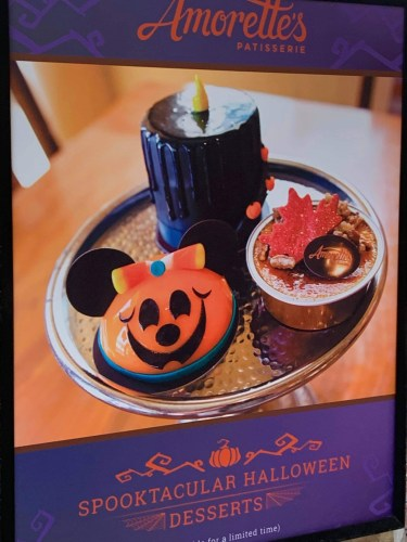 This adorable Minnie Dome Cake is practically perfect for fall 1