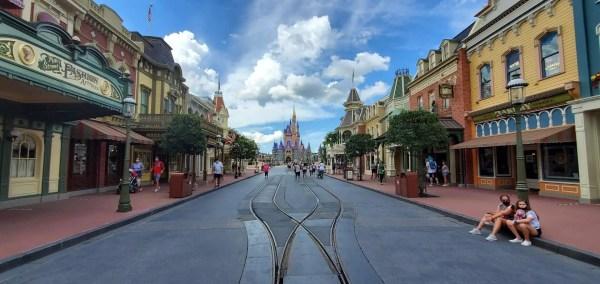 Disney decline in revenue