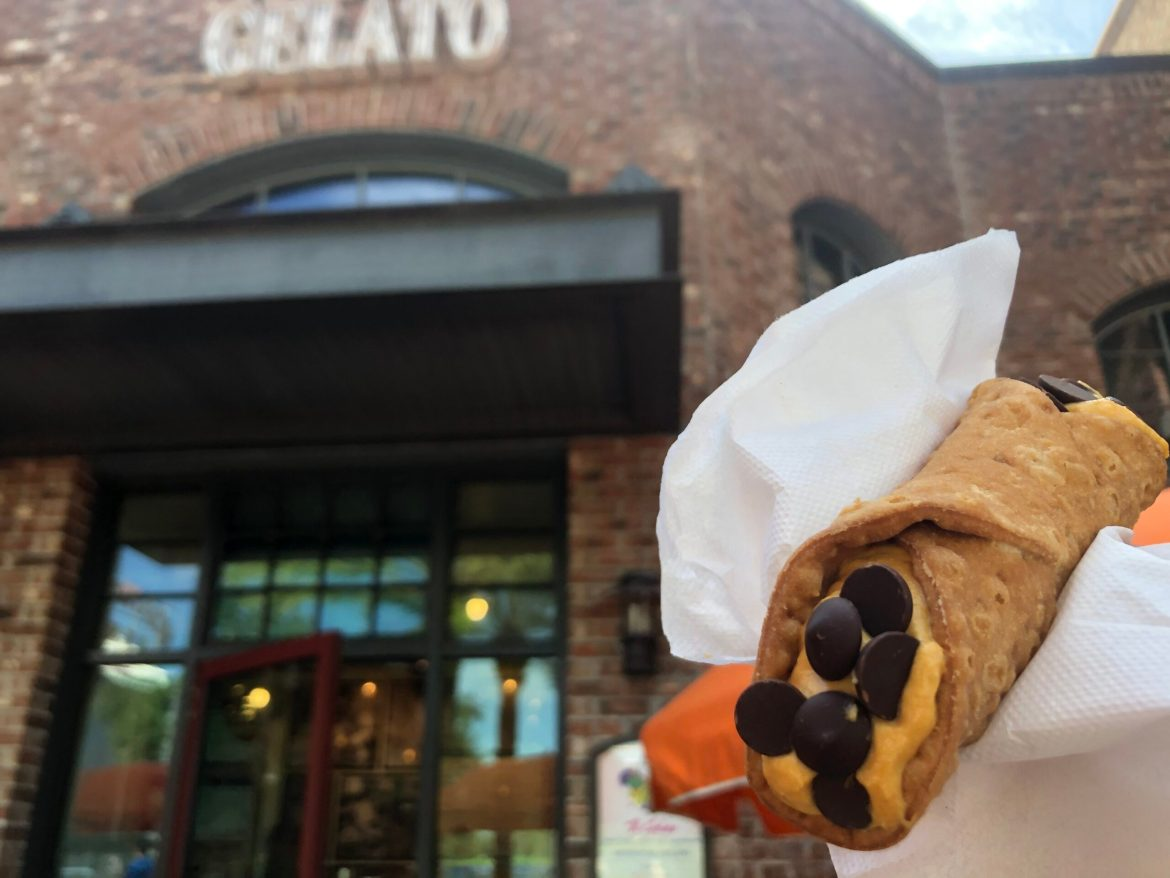 Buon Appetito! Pumpkin Cannoli Appear in Disney Springs