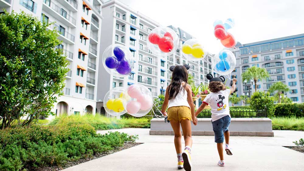 Disney World Annual Passholders: Save Up to 40% on Rooms at Select Disney Resort Hotels This Fall