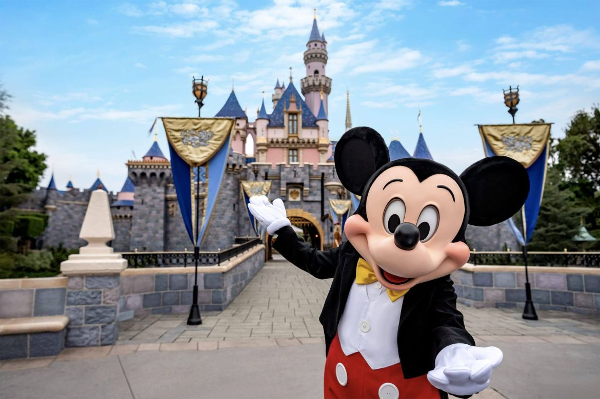 Disney & Universal ask Gov Newsom not to finalize theme park reopening plans