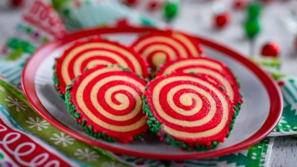 Taste of Epcot International Festival of the Holidays - Holiday Cookie Stroll Returns 2