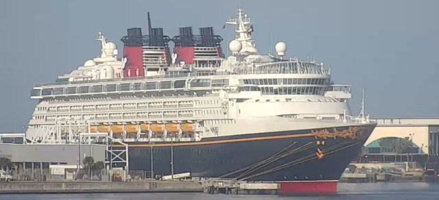 Disney Wonder has made it to Port Canaveral 1