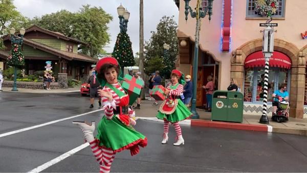 Ho Ho Ho! Santa Claus Cavalcade at Disney's Hollywood Studios 2