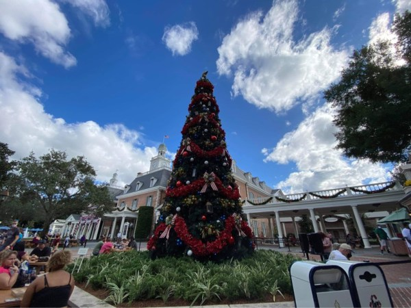 Holiday decorations Epcot
