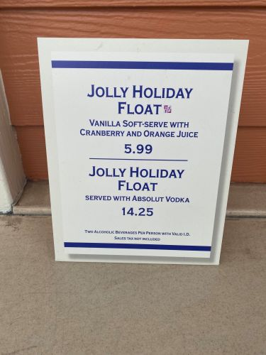 Jolly Holiday Float Available at Marketplace Snacks in Disney Springs 4