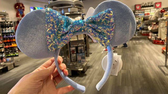 New Minnie Mouse Ears Have Sparkled Into Walt Disney World 4