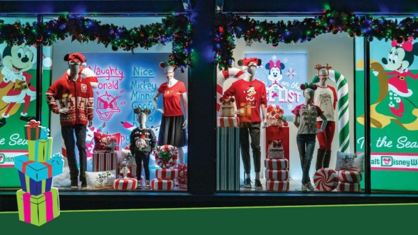 holiday window displays magic kingdom