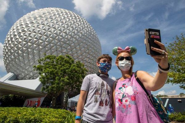 Vaccinated guests still need to wear a face mask at Disney World