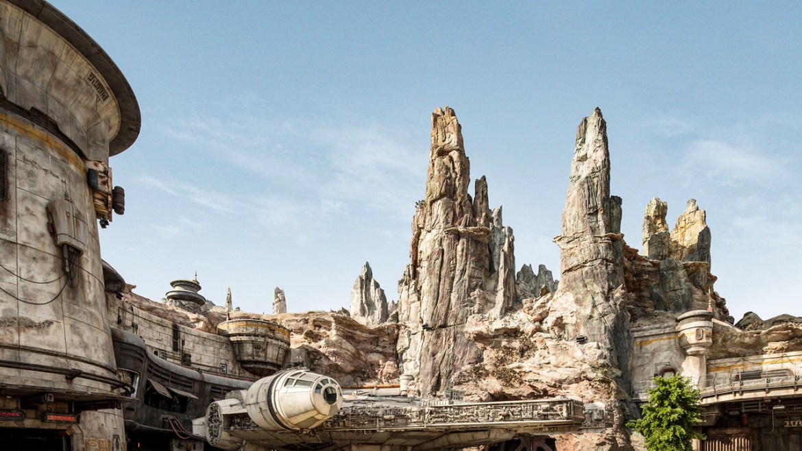 Go 'Behind the Magic' of Star Wars: Galaxy's Edge with Walt Disney Imagineering and Lucasfilm!