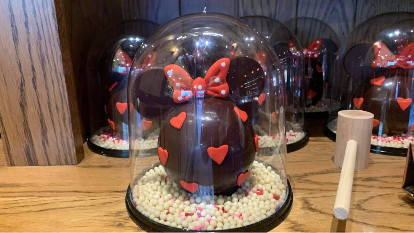 Sweetheart Minnie Piñatas Return To The Ganachery In Disney Springs