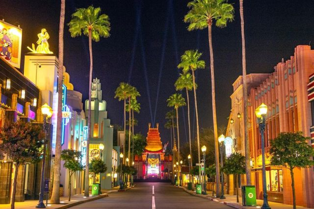 Behind the scenes look at the lighting for the Chinese Theatre in Hollywood Studios 1