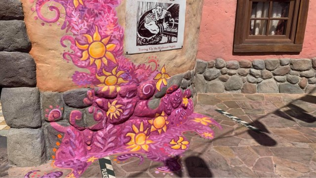 Tangled area in the Magic Kingdom gets a new paintjob 3
