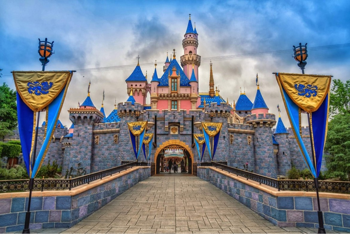 Reminders and tips to prepare for your upcoming visit to Disneyland