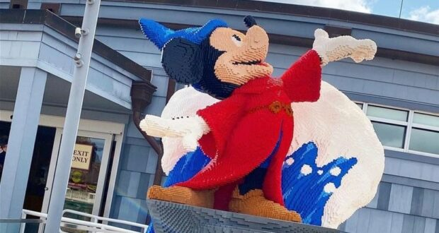 Sorcerer Mickey is the newest Lego Statue at Disney Springs