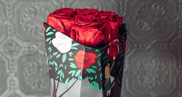 Alice In Wonderland Roses From Roseshire Spark Curiosity And Wonder