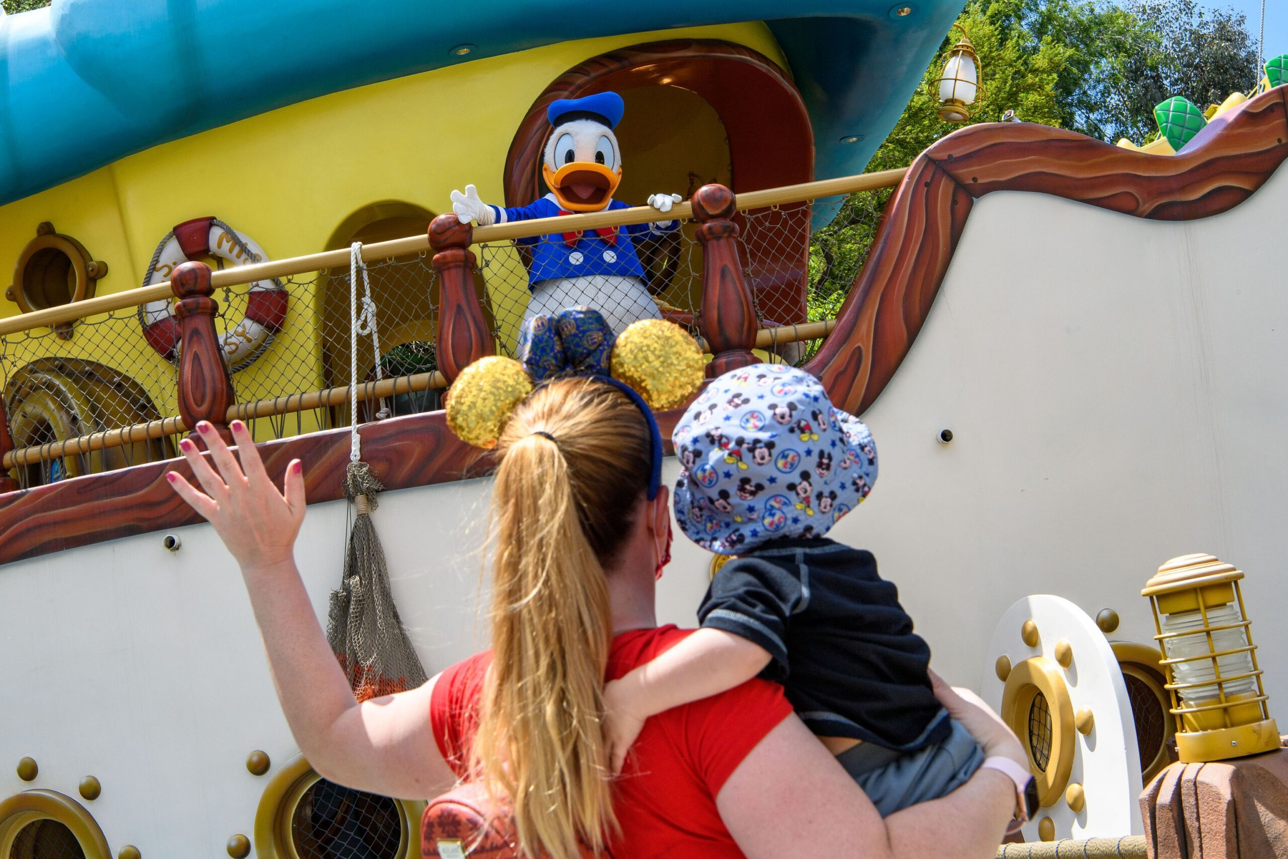 Disney characters welcome guests back to the Disneyland Resort! 2
