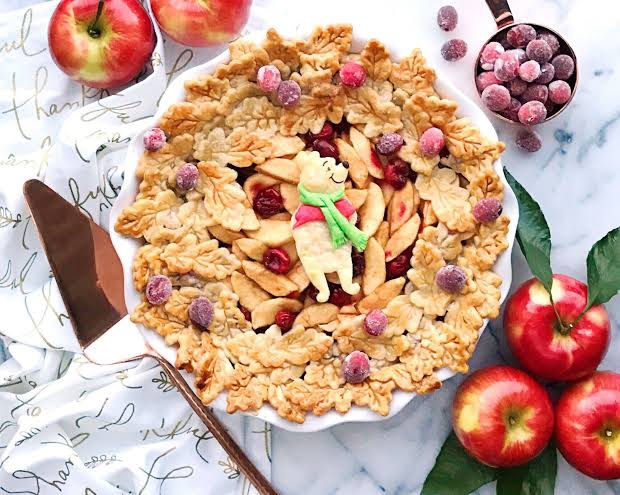 Share A Delicious Winnie The Pooh Apple Pie With Your Family!