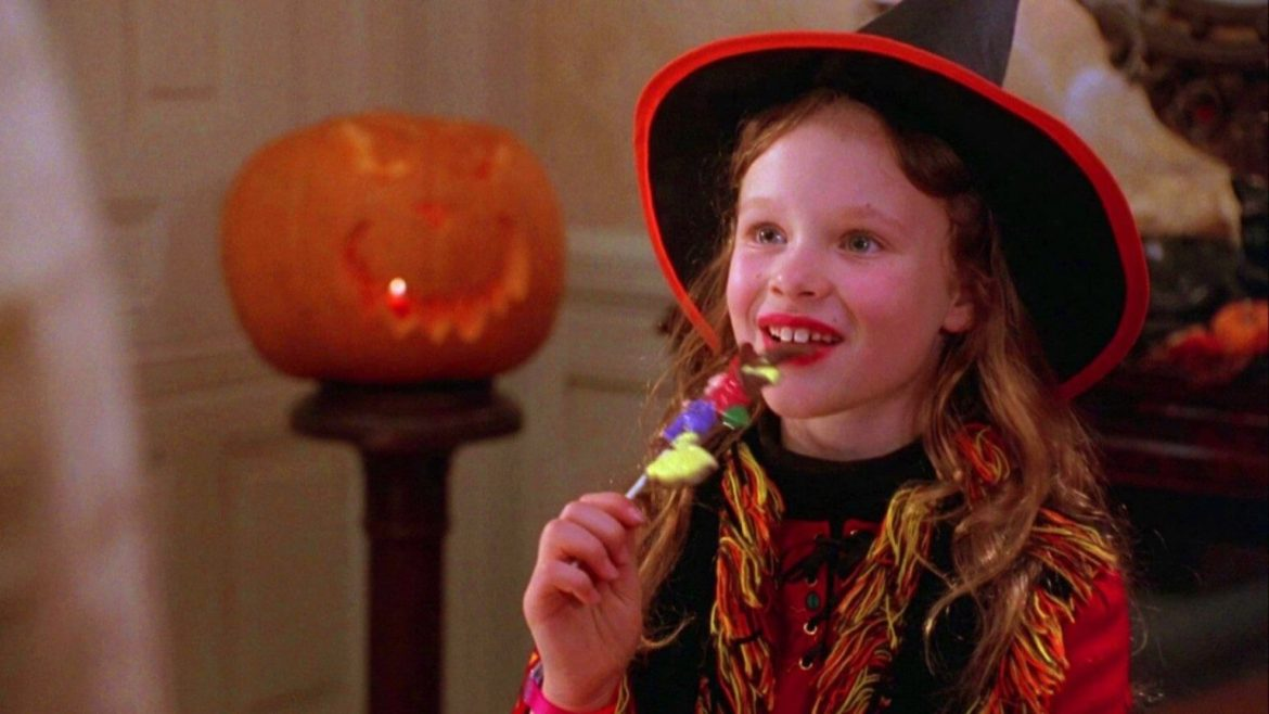 Thora Birch May Return for 'Hocus Pocus 2' Coming to Disney+