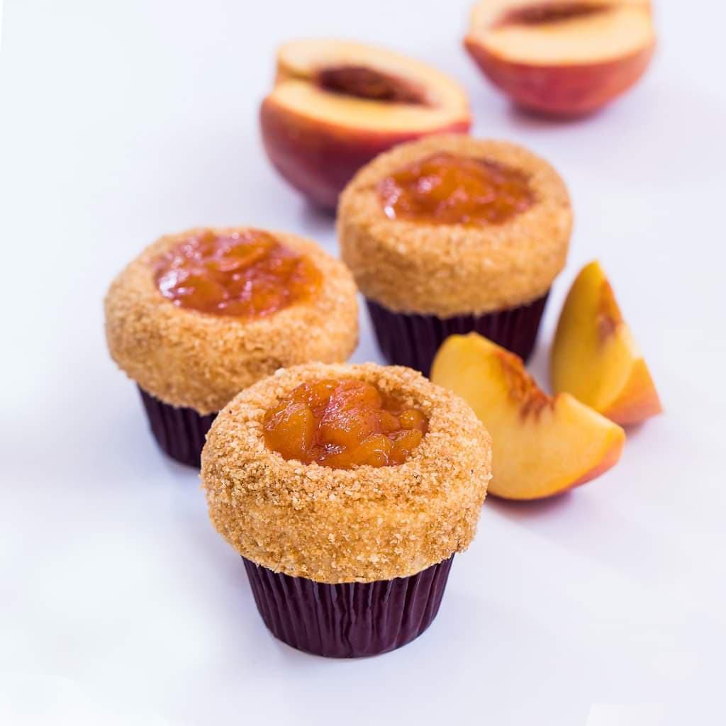 Say hello to summer with these new Peach Pie Cupcakes from Sprinkles