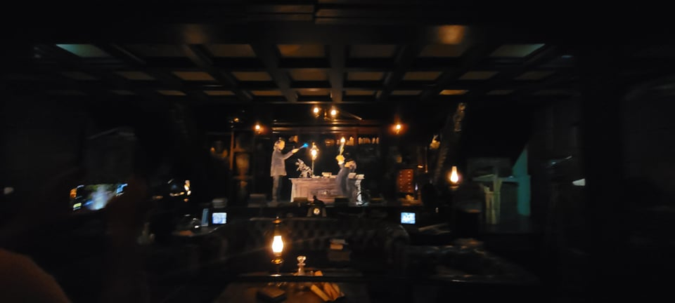 Escape from Gringotts Pre Show is running again! 5