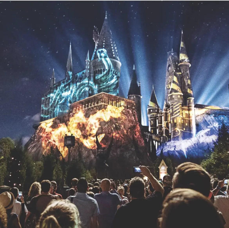The Nighttime Lights At Hogwarts Castle Returns Tomorrow at Universal Orlando