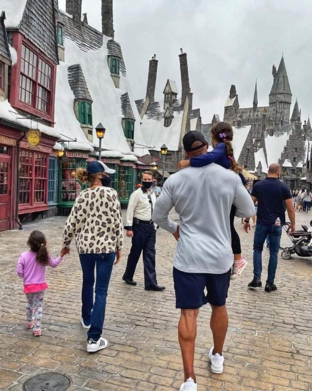 The Rock visits the Wizarding World of Harry Potter 2