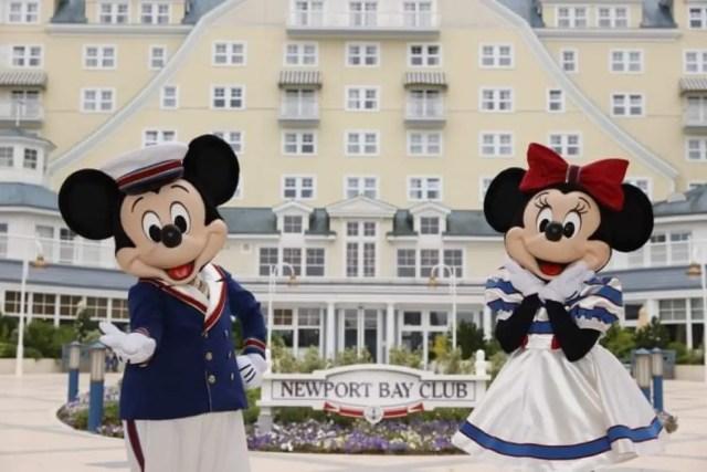 Mickey & Minnie receive new nautical outfits at Disneyland Paris 1