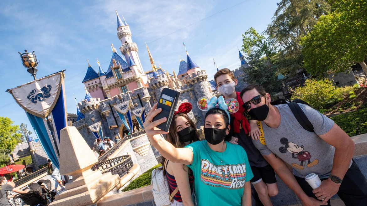 Disneyland removes Face Mask and other requirements starting on June 15th