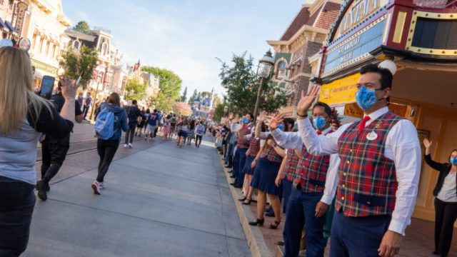 Which COVID-Era changes are remaining at Disneyland 2
