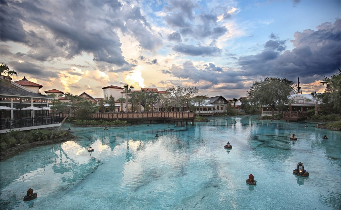 Disney Springs Extends Park Hours on Weekends for Summer