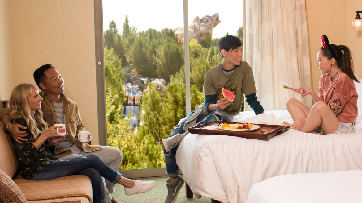 U.S. Military can get Great Rates at Disneyland Resort Hotels in 2021