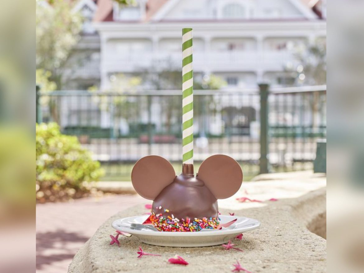 Mickey Cake Pops To Brighten Your Day!