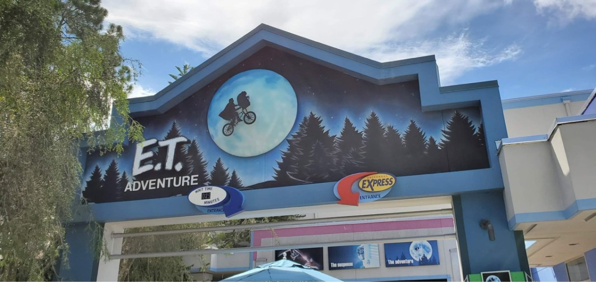 Universal Orlando Closes Attraction Yesterday to Honor Team Member who Passed Away