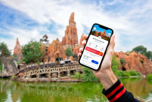 Disneyland Paris offers paid Fast Passes and more with new digital update 1
