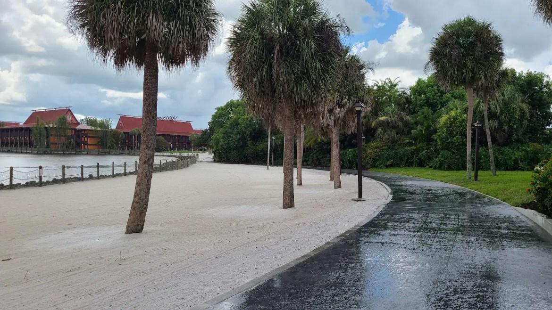 New walkway between Disney's Polynesian & Grand Floridian is now complete