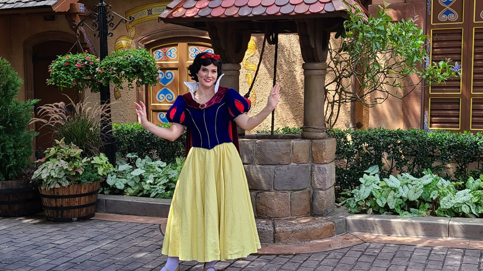 Snow White is appearing for socially distanced meets at Epcot