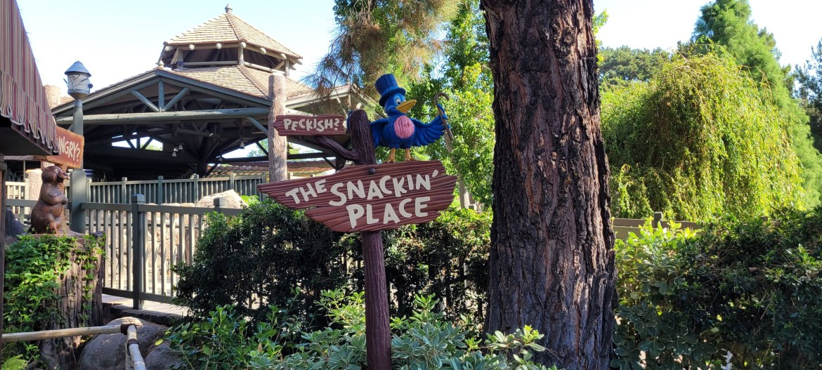 Disney Snacks and Treats coming to Disney's Mobile Order