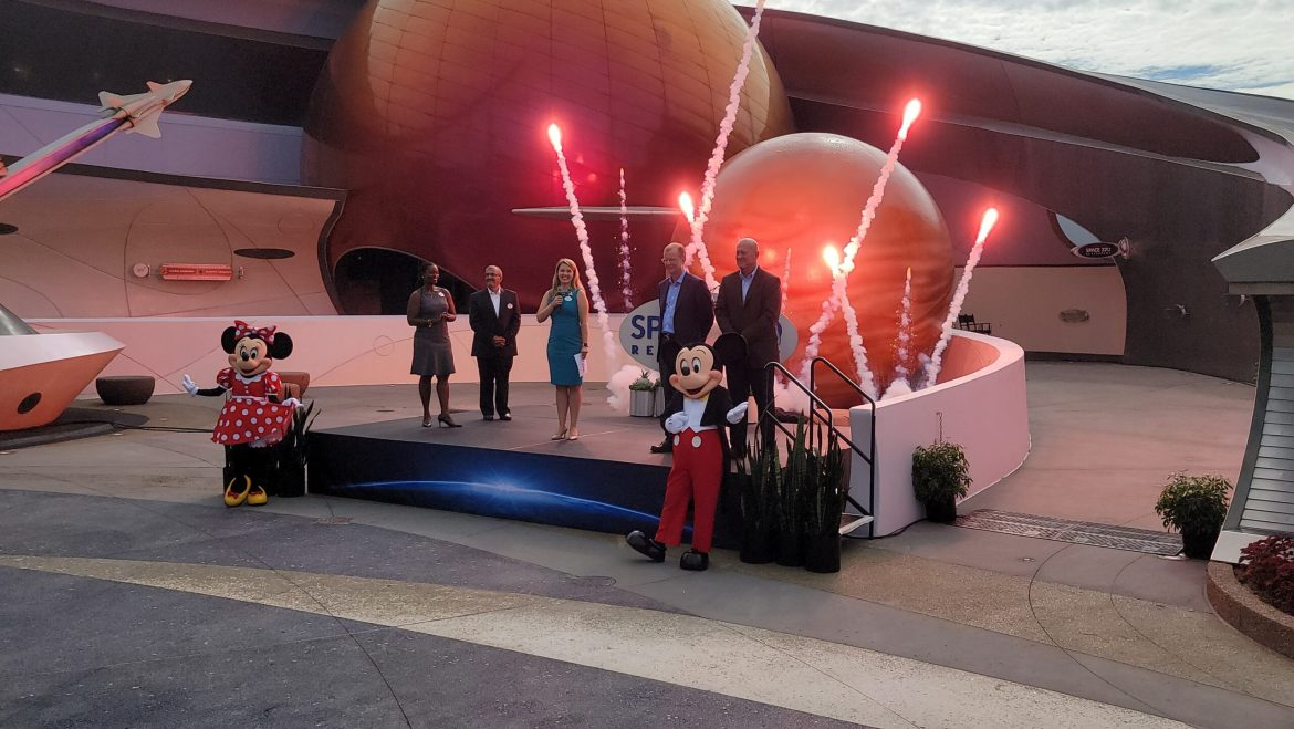 Dining Review of Epcot's Space 220 Restaurant