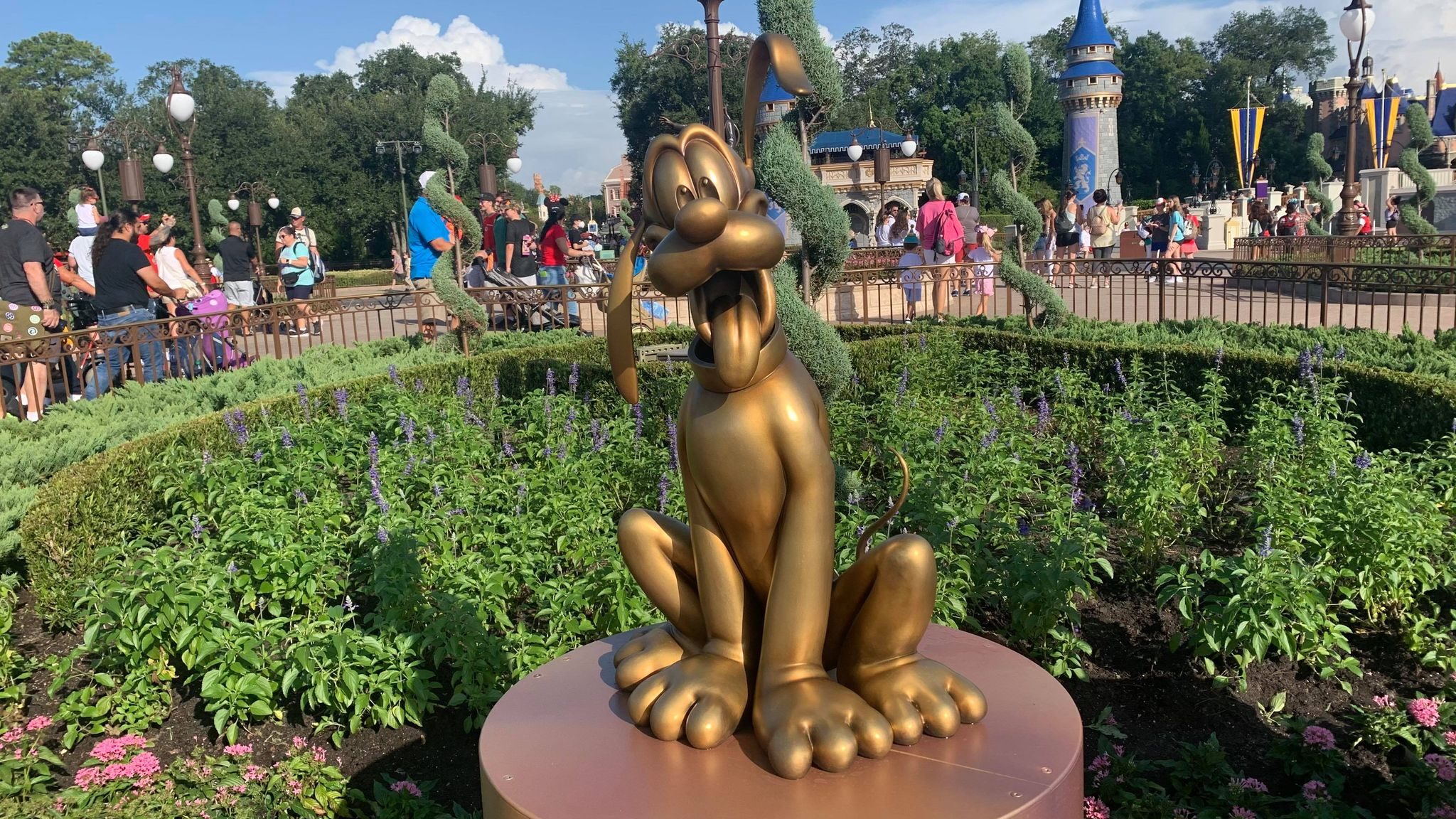 First Look: Disney Fab 50 statues now on display in the Magic Kingdom 22