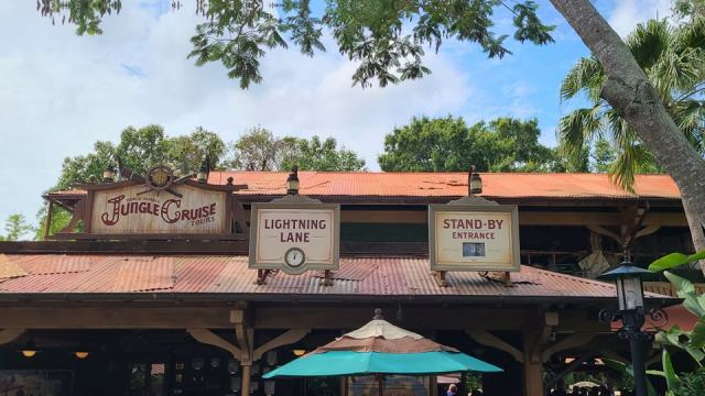 Lightning Lane replace Fast Pass Signs in the Magic Kingdom 5