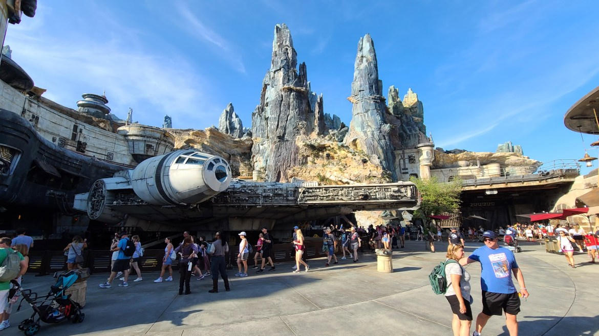 Man Caught Using Stolen Disney iPad for Unauthorized Tours and Line Skipping at Walt Disney World