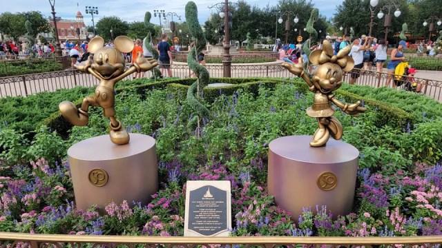 Disney dedicates Mickey & Minnie Fab 50 statues to Walt Disney World Cast Members 1